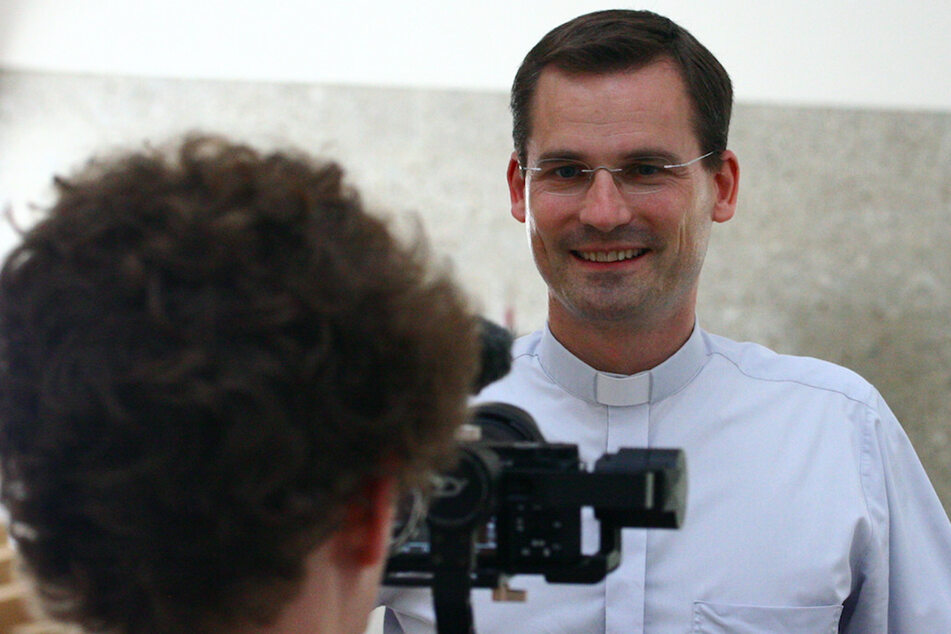 Pfarrer wird im Lockdown zum YouTube-Star