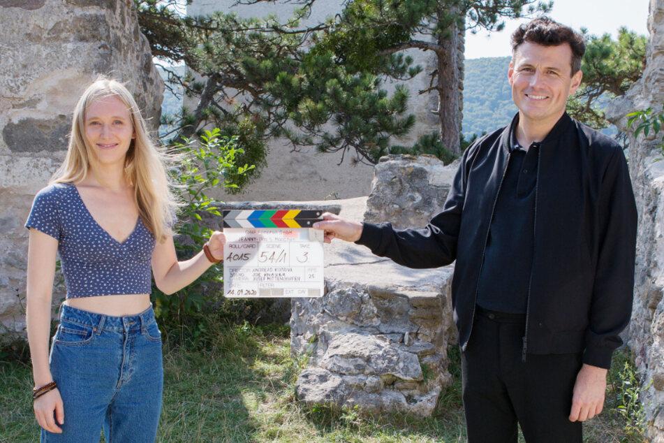 """Theresa Riess und Manuel Rubey spielen die Hauptrollen in """"Jeanny""""."""