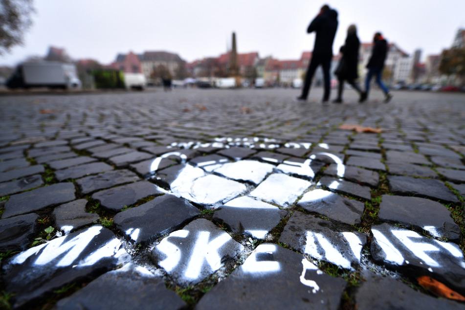 Raus gehen verboten: Nächster Landkreis in Thüringen führt Ausgangssperre ein!