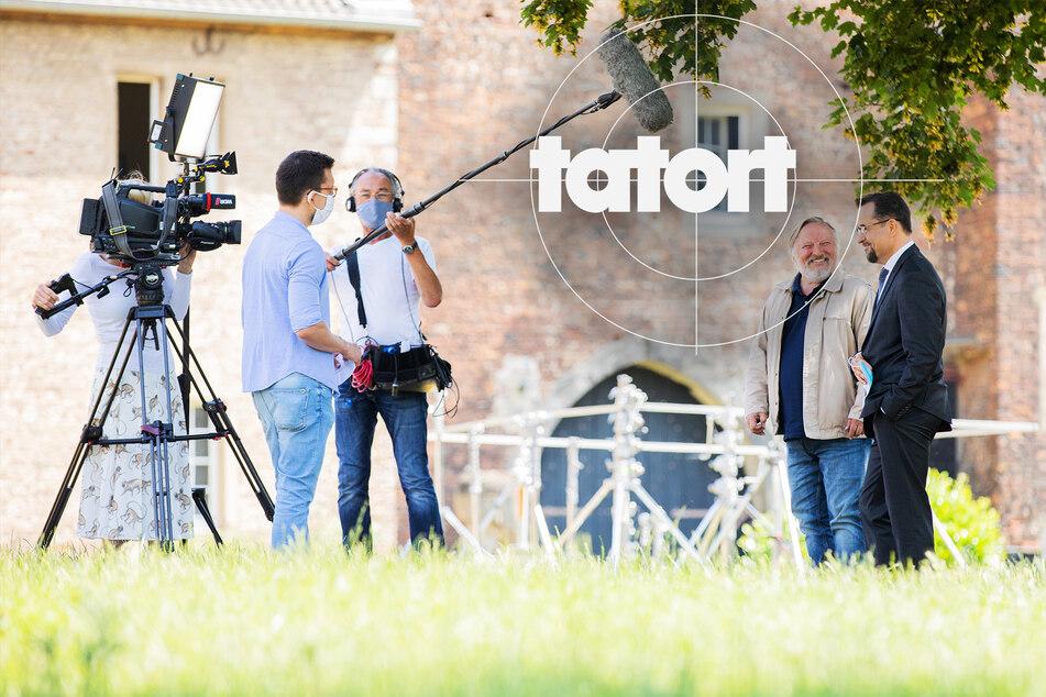 """""""Tatort""""-Dreh in Corona-Zeiten: Axel Prahl und Jan-Josef Liefers gehen auf Abstand"""