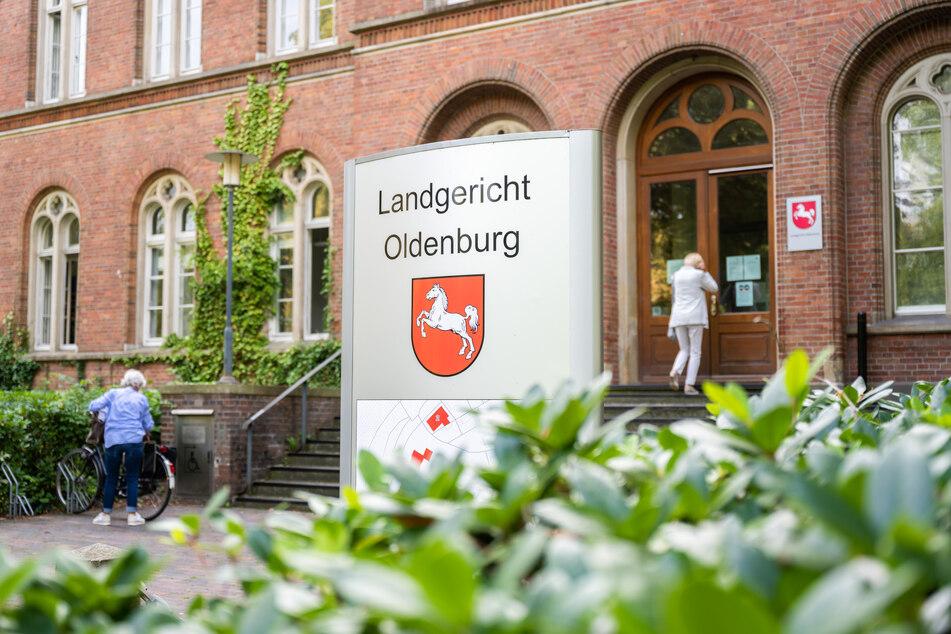 Über die Eröffnung des Hauptverfahrens entscheidet das Landgericht Oldenburg. (Symbolbild)