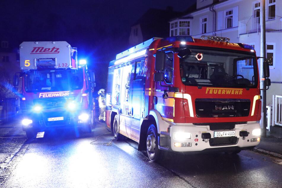 Weihnachtsbaum und Küchenbrand sorgen für Feuerwehreinsätze