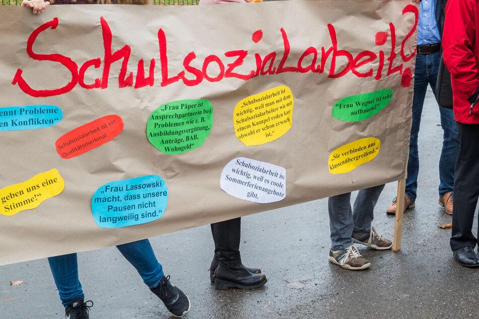 Sachsens Schulsozialarbeiter hätten laut der Befragung in Pandemie-Zeiten vor allem damit zu tun, Kindern bei ihren schulischen Defiziten zu helfen.
