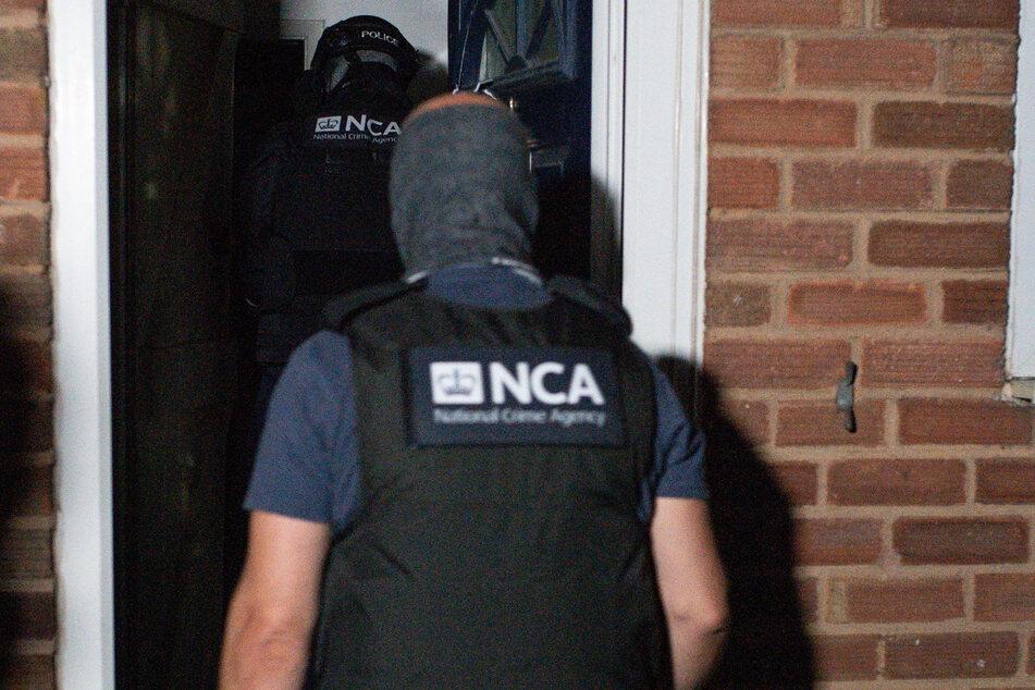 Birmingham: Die National Crime Agency (NCA) und die Polizei beteiligen sich an einer Razzia.