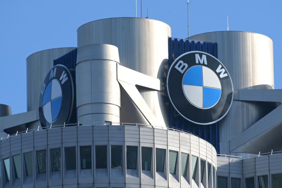 BMW erwartet Verluste und baut Arbeitsplätze ab