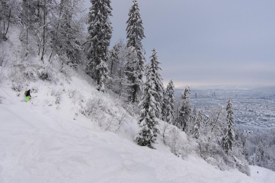 Enorme Schneemengen in der Schweiz: Lawinen und unzählige Einsätze