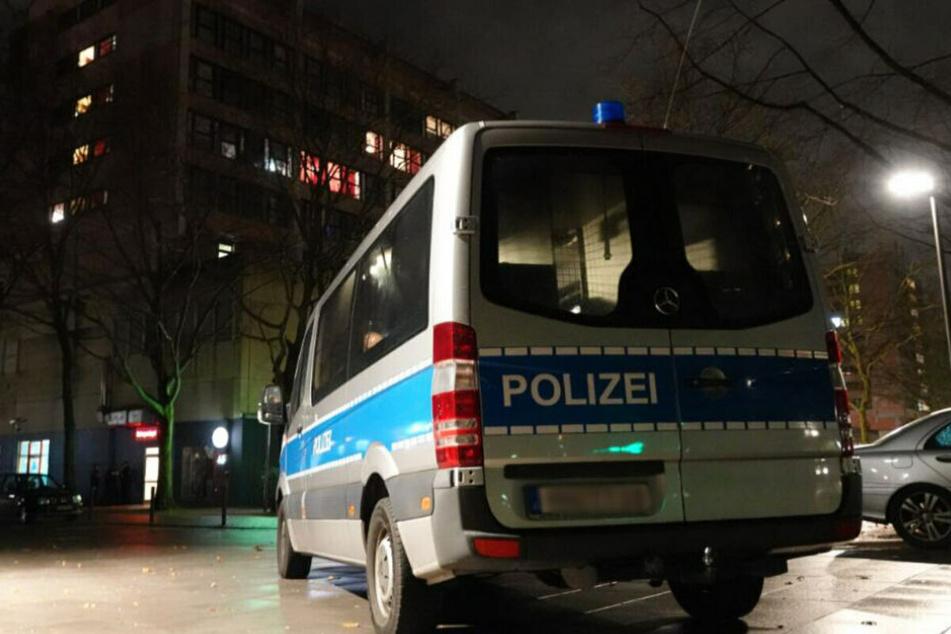 Die Polizei sucht weiterhin nach Zeugen. (Symbolbild)