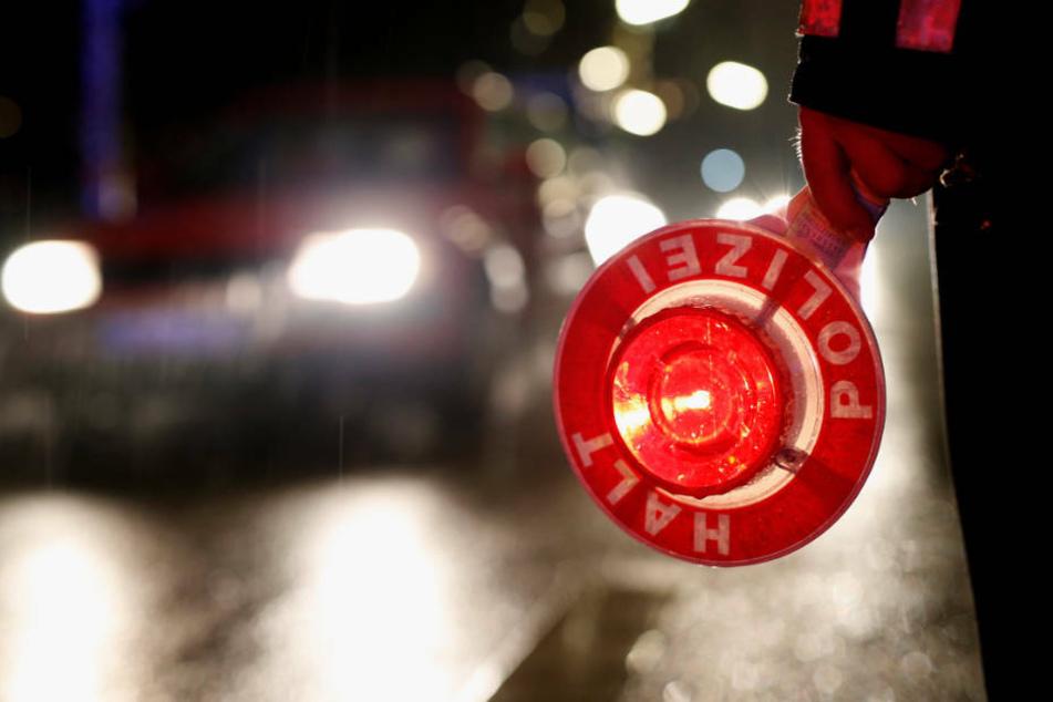 Nachdem er von seiner Freundin auf der Station der Autobahn-Polizei abgeholt worden war, stieg der Mann gleich wieder in sein Auto und wurde kurz darauf erneut kontrolliert (Symbolbild).