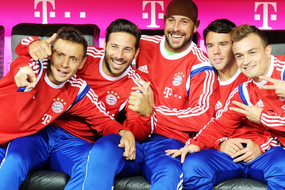 """Pepe Reina (38, M.) spielte eine Saison beim FC Bayern München. Nun sorgte der Torhüter bei """"The Masked Singer"""" im TV für Aufsehen."""