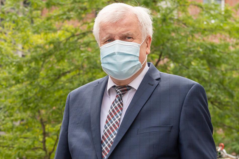 Coronavirus: Seehofer spricht sich für mehr Freiheiten für mehr Geimpfte aus