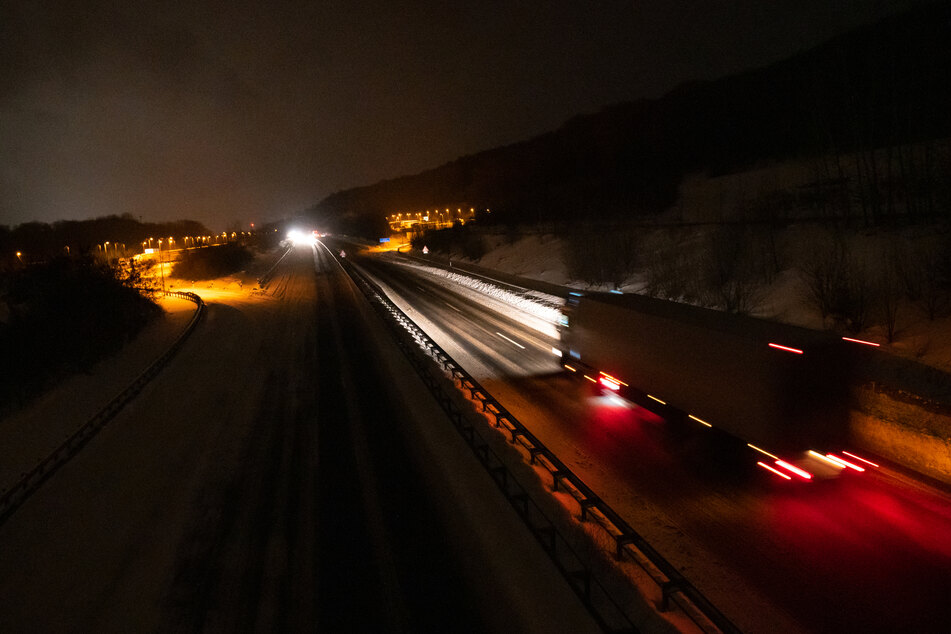Mysteriöser Unfall auf der Autobahn: Lag das Todesopfer bereits auf der Straße?