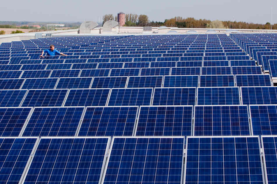 Neue Bauordnung: Solaranlagen-Pflicht für offene Parkplätze in NRW