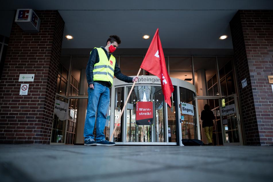 Kliniken bleiben morgen geschlossen: Weiteren Warnstreiks in NRW