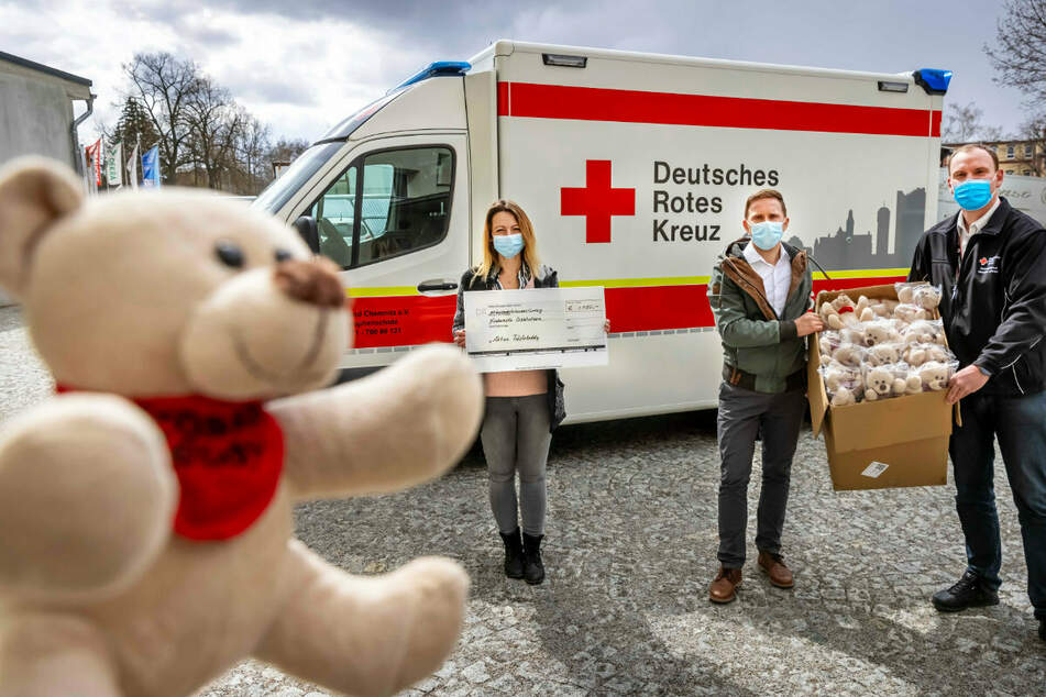 Chemnitz: Diese Teddys sollen kleine Patienten trösten