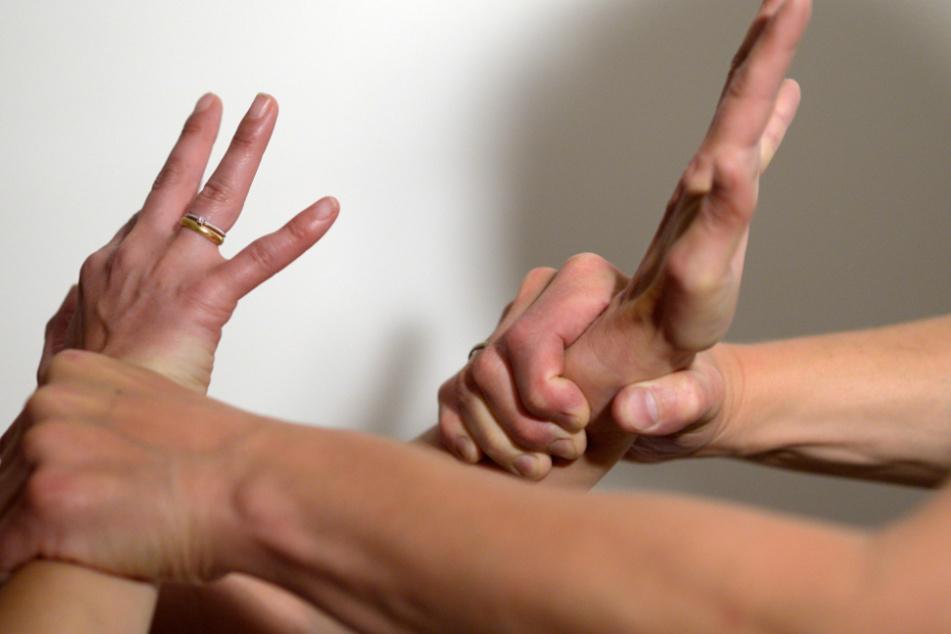 Auch Männer werden Opfer häuslicher Gewalt. (Symbolbild)