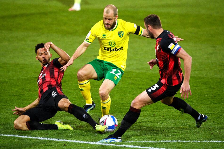 Teemu Pukki (31, CM) telah bersama Norwich City selama tiga tahun dan merupakan favorit penggemar berkat gaya dan golnya yang realistis.