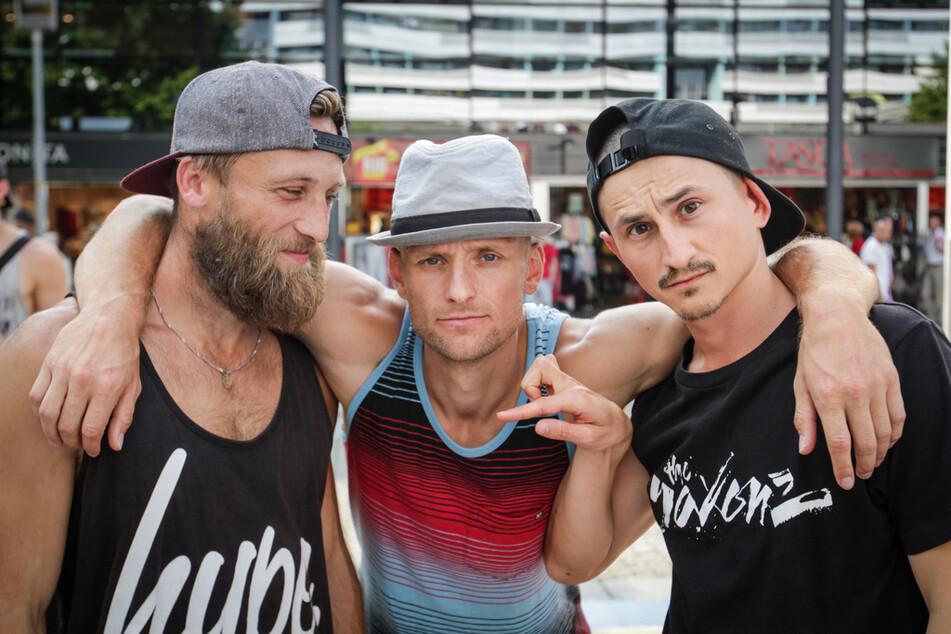 Rossi (32, li.), Lehmi (33) und Kelox (31) haben die Saxonz 2013 gegründet und sind enge Freunde.