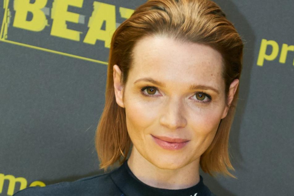 """Schauspielerin Karoline Herfurth auf der Premiere der Amazon Prime Serie """"Beat"""" im Kraftwerk."""