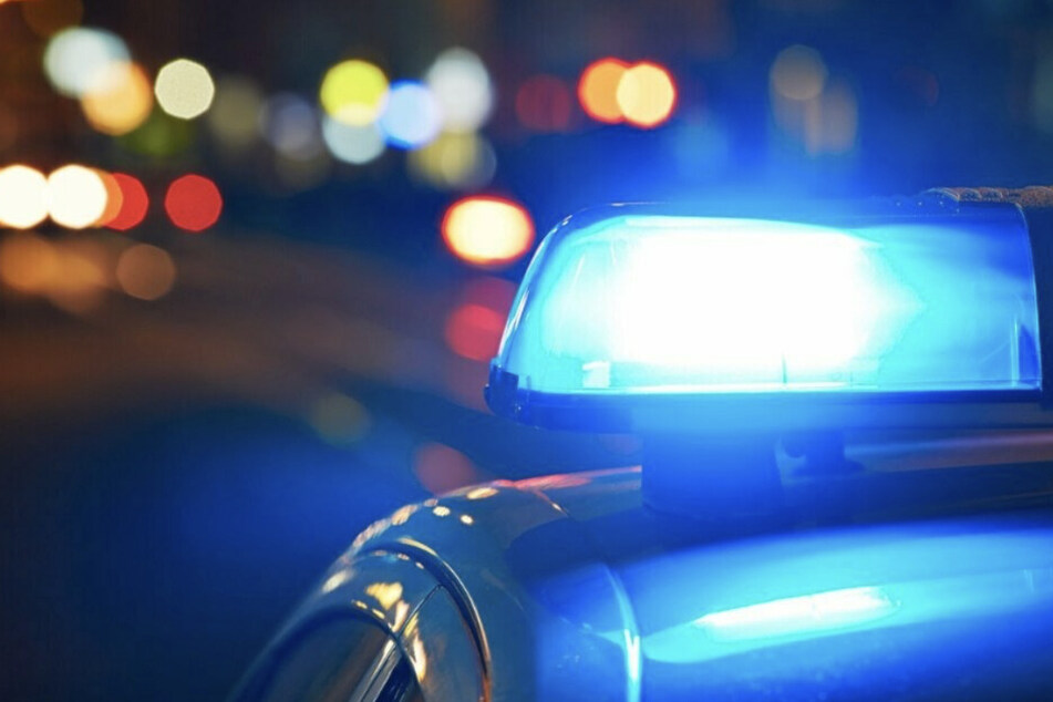 Die Polizei sucht anhand von Personenbeschreibungen nach den drei Tätern, die Anfang Juni eine Frau in der Nähe des Leipziger Hauptbahnhofs vergewaltigt haben. (Symbolbild)