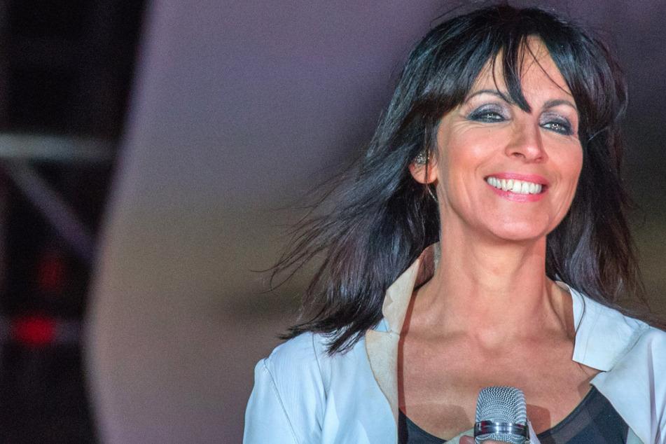 Plötzlicher Sinneswandel bei Nena? Sängerin bittet Publikum bei Konzert um Disziplin