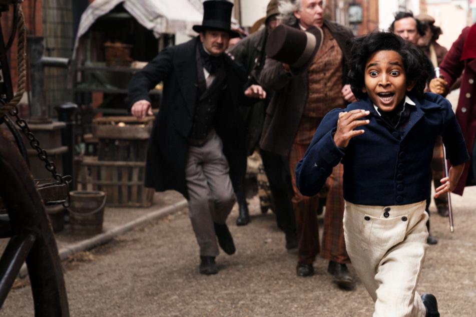 """""""David Copperfield"""": Stiefvater drangsaliert kleinen Jungen mit Schlägen!"""