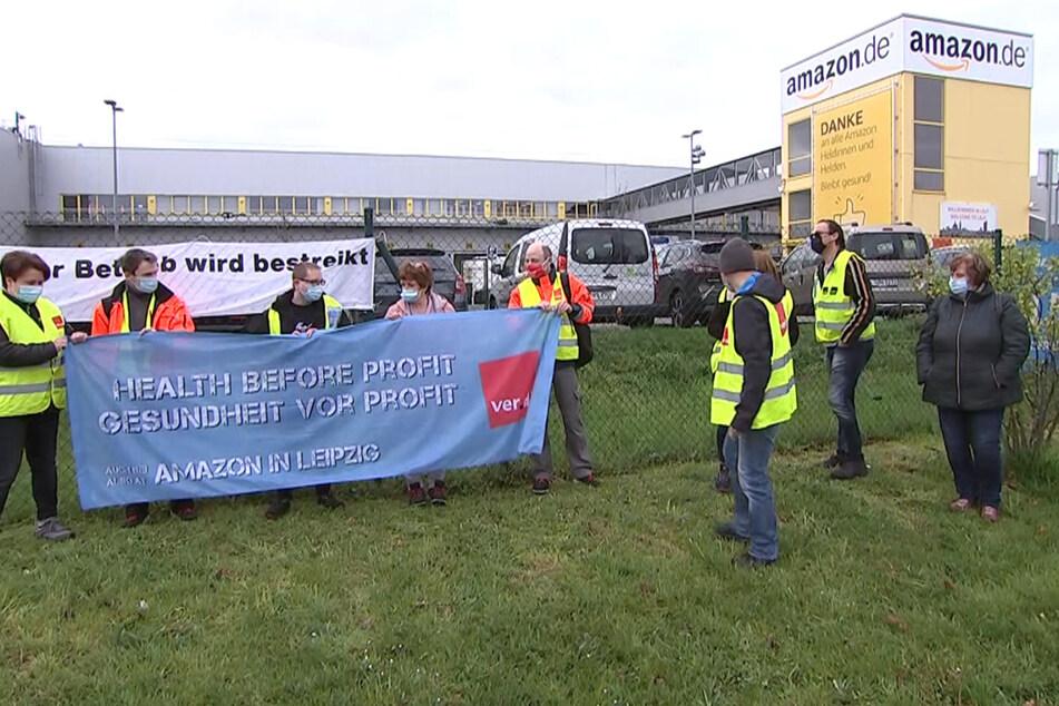 Verdreifachte Gewinne, aber keine tarifliche Bezahlung: Streik bei Amazon in Leipzig