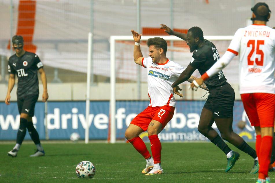 Yannik Möker (21) am Ball - trotz Verletzungspech konnte der FSV-Mittelfeldmann überzeugen.