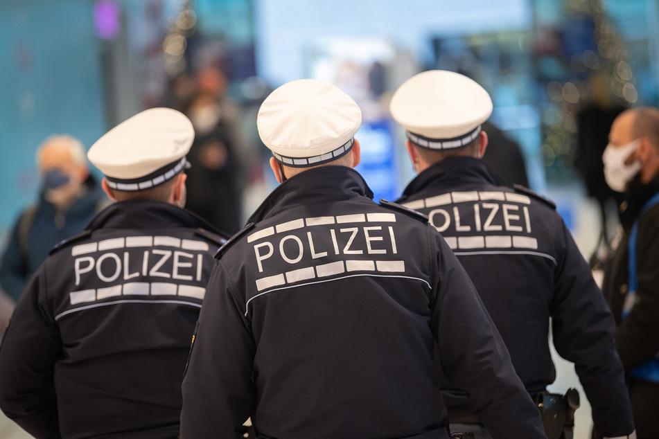 """Ausgangssperre stellt Polizei vor massive Probleme: """"Haufenweise Überstunden"""""""