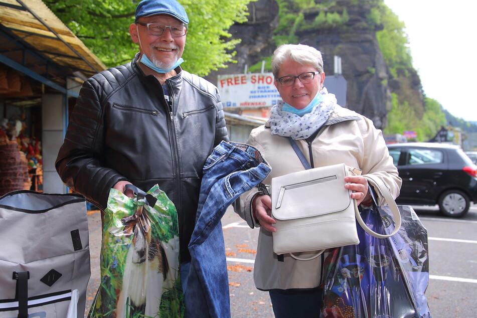 Henry Fehse (62) und Bettina Fehse (61) machten am Freitag einen Shopping-Ausflug nach Hrensko.