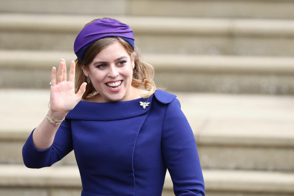 Prinzessin Beatrice (31) kommt zur Hochzeit von Prinzessin Eugenie und Jack Brooksbank an der St.-Georges-Kapelle von Schloss Windsor an. (Archivbild)