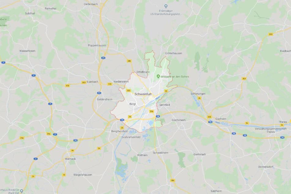Die Jugendlichen machten sich in Schweinfurt am Fahrrad eines 37-Jährigen zu schaffen.