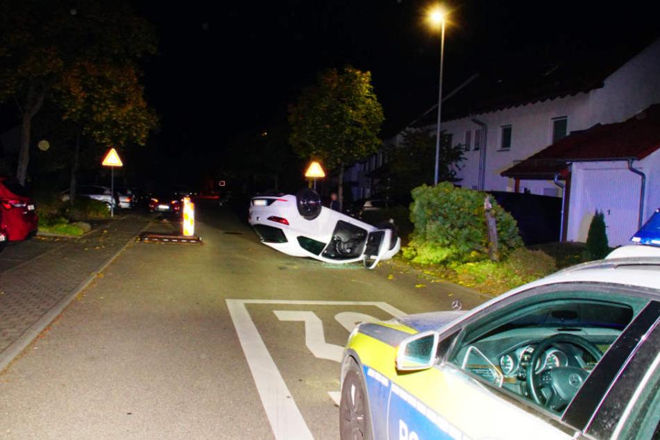 Mitten im Wohngebiet verlor der 27-Jährige die Kontrolle über seinen Wagen.