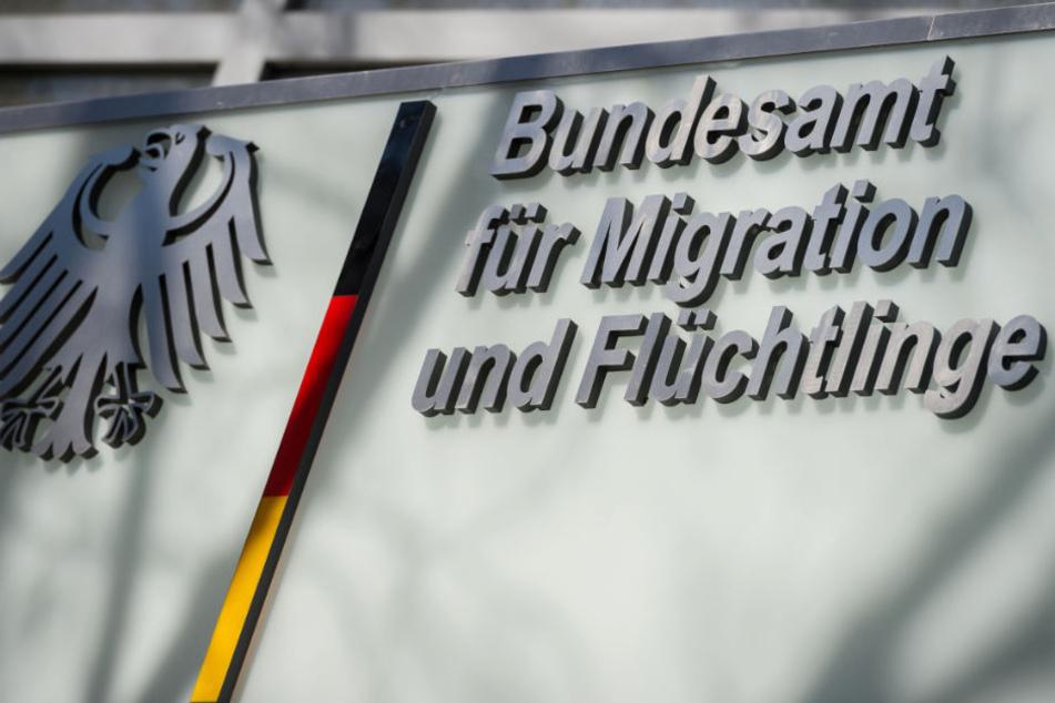 Der Skandal beim Bundesamt für Migration und Flüchtlinge weitet sich aus.