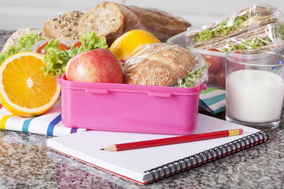 In Nordrhein-Westfalen könnte die Pflicht zur Mittagspause an den Schulen entfallen. (Symbolbild)