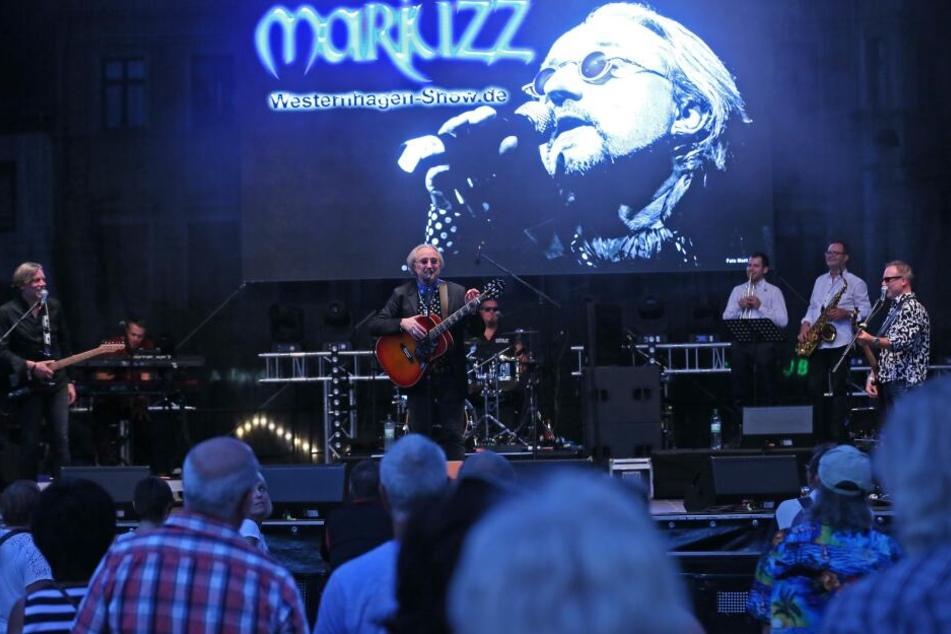 Bevor das Unwetter über Zwickau tobte, gab es auf dem Hauptmarkt noch eine Westernhagen-Show.