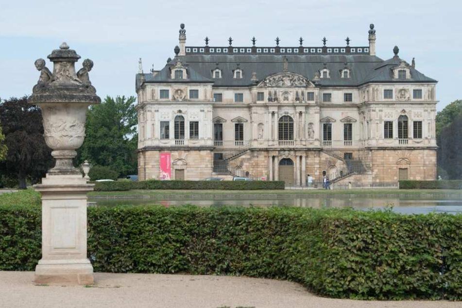 Das Palais mit Palaisteich im Großen Garten in Dresden.