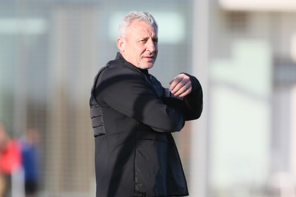 FCE-Coach Pavel Dotchev war mit dem  Camp in Spanien sehr zufrieden, weiß aber, dass er mit seiner Truppe in der  Vorbereitung weiter hart malochen muss.