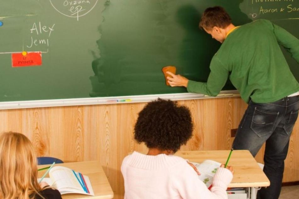 """Schulen in den Staaten Massachusetts, Connecticut, Florida und Indiana haben die """"Fidget Spinners"""" bereits aus den Klassenzimmern verbannt."""