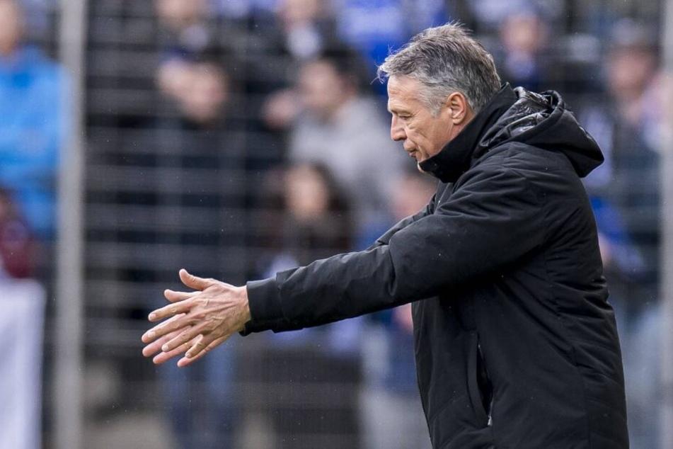 Trainer Uwe Neuhaus weiß um die Qualität von Aue.