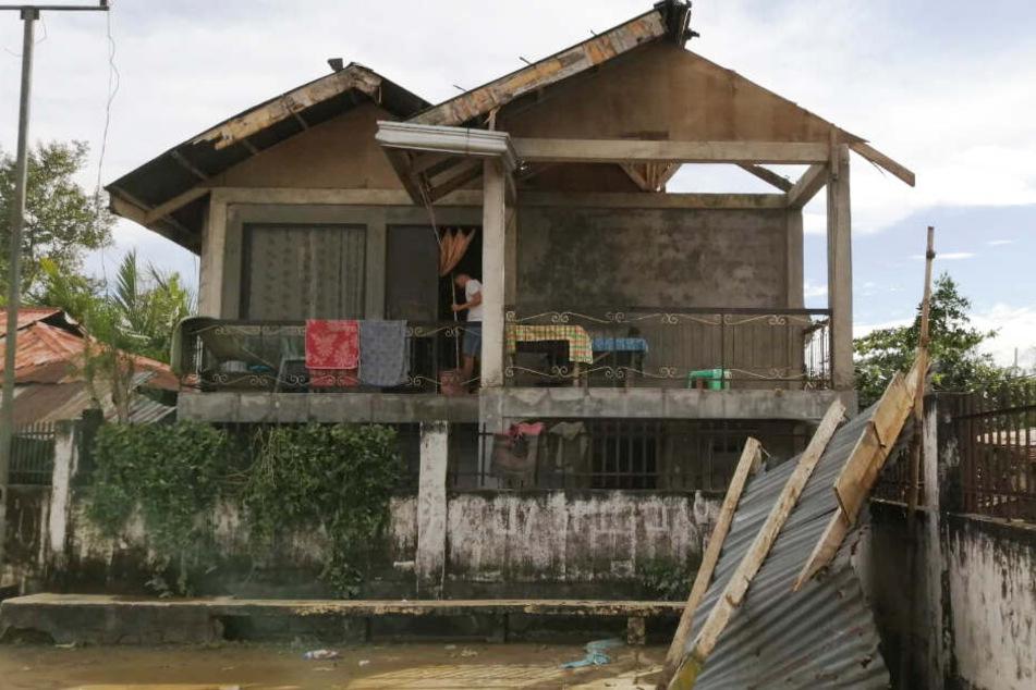 Sturmböen von bis zu 160 Stundenkilometern wüteten auf den Philippinen.