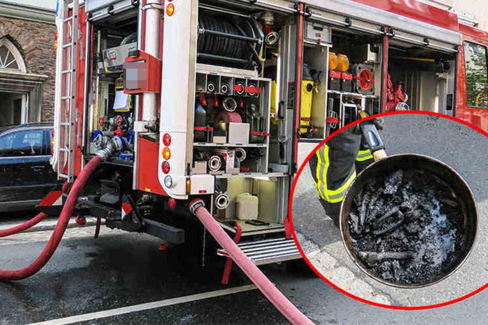 Weil der 94-Jährige sein Essen auf dem Herd vergaß, musste die Feuerwehr anrücken. (Symbolbild)