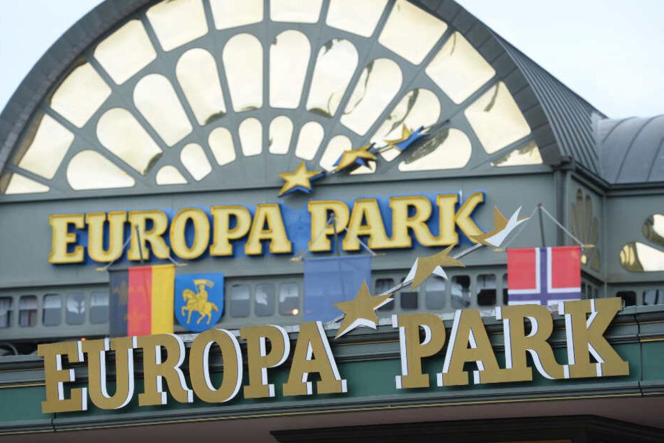 Der Schriftzug am Eingang vom Europa-Park.
