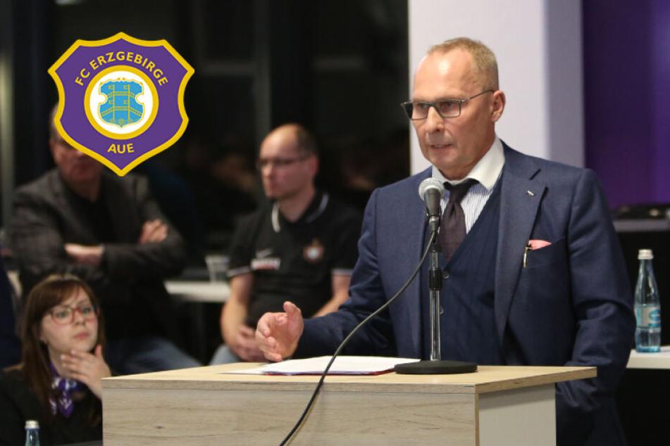 """Aue-Boss Helge Leonhardt: """"Wenn du absteigst, verreckst du wie ein Straßenköter"""""""