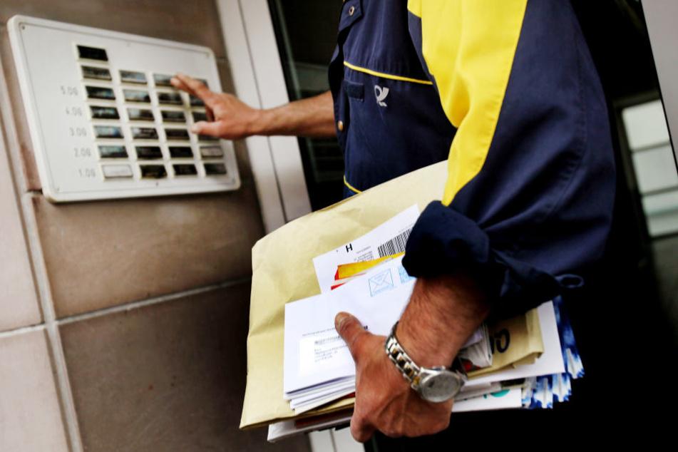 Ein Postbote überraschte die Einbrecher (Symbolbild).