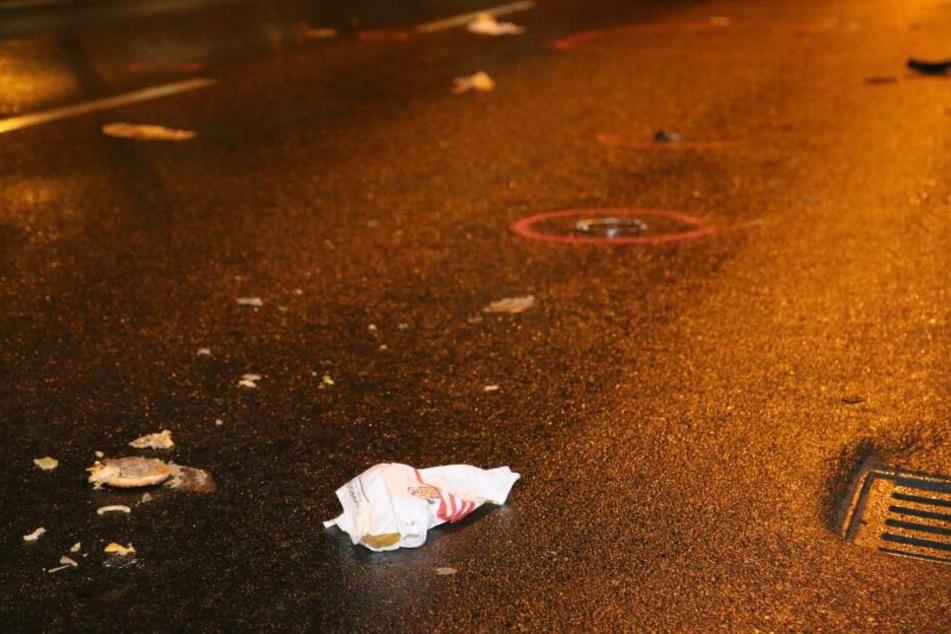 Während des Unfalls hielt das Opfer noch seinen Burger in der Hand