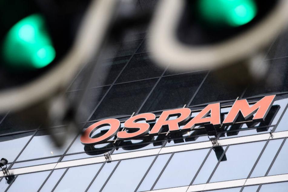 Über 59 Prozent der Anteile scheinen AMS siher zu sein. Doch sie wollen noch mehr der Osram-Aktien. (Symbolbild)
