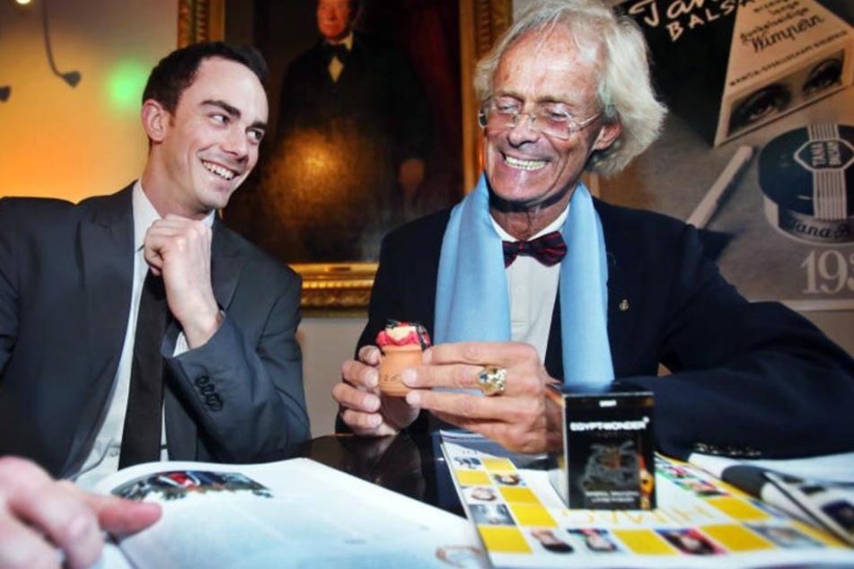 Ronald Fortmann (rechts) und sein Sohn setzen auf Tradition und Innovation.