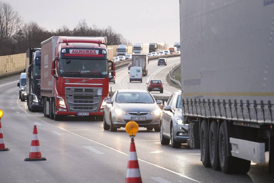 Willkommen in der Blechlawine: Zu Ostern drohen in Sachsen wieder jede Menge Staus, auch auf der A4.