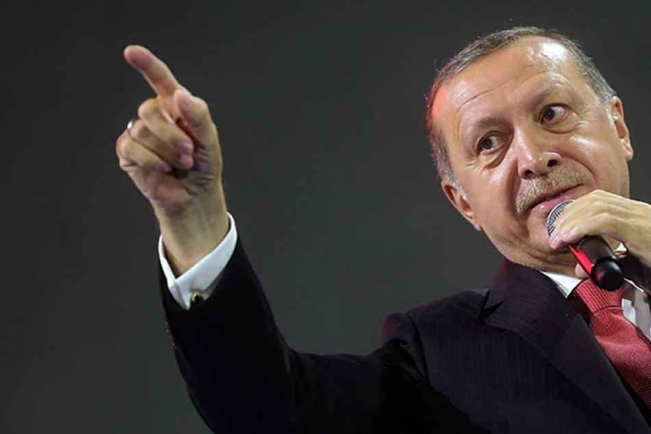 Recep Tayyip Erdogan erhebt Spionagevorwürfe gegen Berlin.
