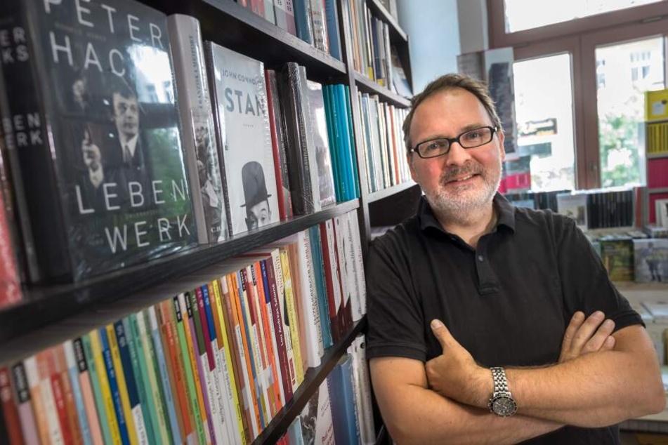 """Traditionelle Teilnehmer wie Klaus Kowalke (50) und seine Buchhandlung Lessing und Kompanie sind auch bei """"100 Meter Kunst in alle Richtungen"""" mit dabei."""